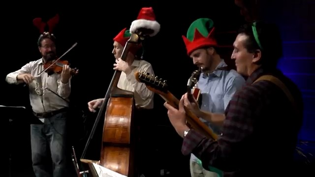 Holly Jolly Christmas - Quartette Monette